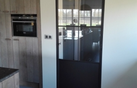 metalen binnendeur stopverf 17-23
