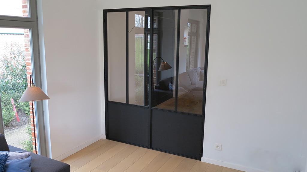 metalen strakke binnendeur