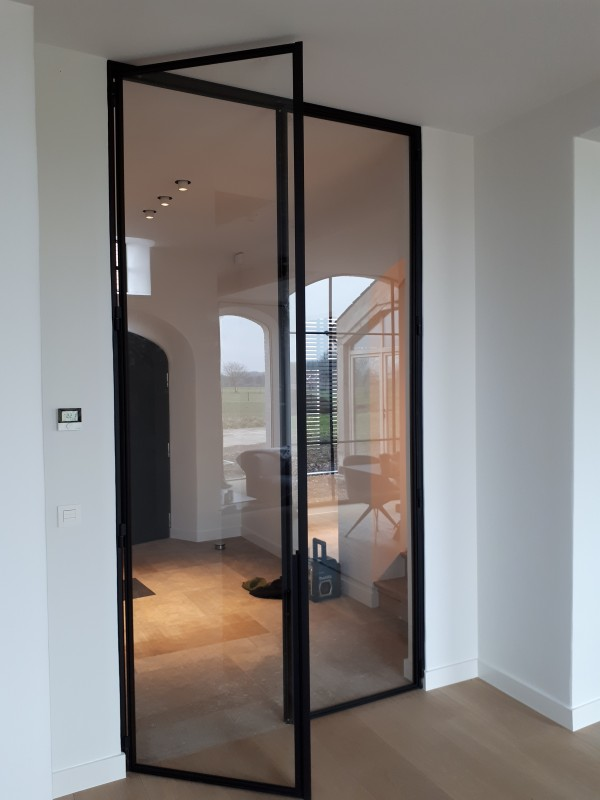 metalen strakke binnendeur (V102)
